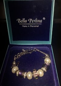 New Bella Perlina charm bracelet with box Danville, 03819