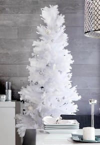 7 ft White Feather Decorative Christmas Tree 554 km