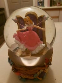 Cinderella collectable globe Whitby, L1N 8X2