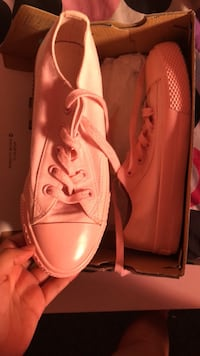 Shoes pink size 7 Lincolnton, 28092