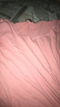 pink scoop-neck shirt Hempstead, 11550
