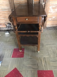 Beautiful Antique Tea Cart with fold down sides Central Elgin, N5P