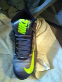 Size 9 for those baseball and softball players Indianapolis, 46201