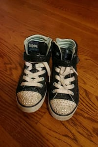 Twinkle Toes Shoes size 13.5
