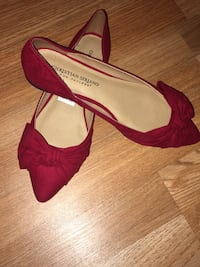 Bow pointed red shoes  Canyon, 79015