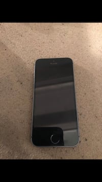 black iPhone 5 with case Indianapolis, 46205