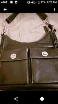 women's black leather shoulder bag Bronx, 10469