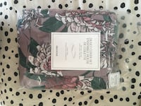 New Floral Duvet Cover for Queen H&M Toronto, M6H 2G4