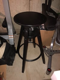 Wooden black adjustable stool London, N5V 3V9
