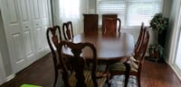 Dining table set and china cabinet Charlotte, 28278