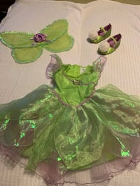 Tinker bell costume with wings and shoes size 18-24 mths 36 km