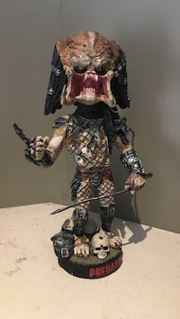 Predator Battle Damage Claw Collector Bobble Head Niagara-on-the-Lake, L0S 1J0