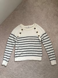 ARDENE White Stripped Sweater Markham, L6B 1N4