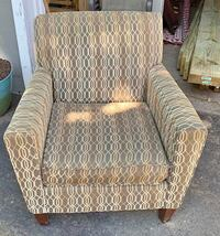 accent chair .