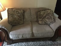 Furniture 3 pieces  Mississauga, L5A 3T2