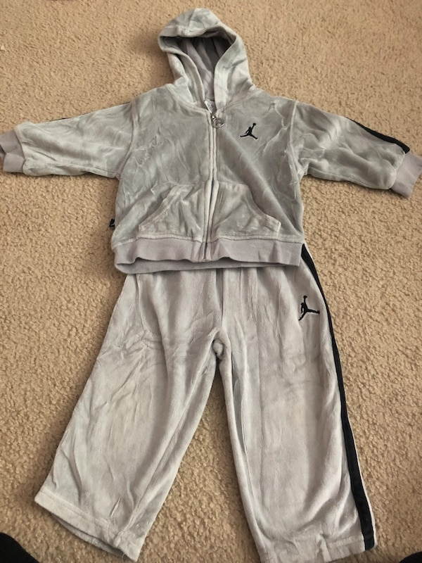 92a50bdf9 Used Toddler set (18 months) for sale in New York - letgo