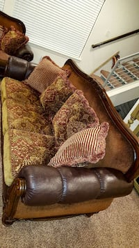 Couch and love seat South Jordan