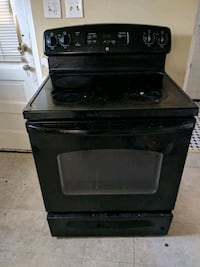 black smooth-top range oven 37 km