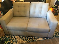 Love seat Ashburn, 20147