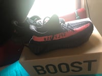 Yeezy Boost 350 V2 Core Red Lincoln, 68521