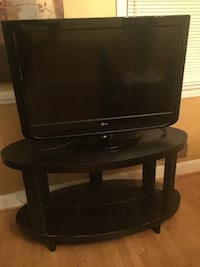"Black 32"" LG flat screen tv Washington, 20017"
