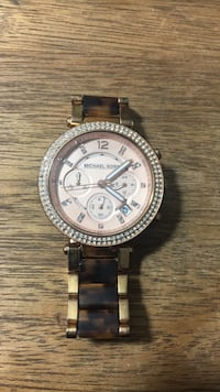 round silver Michael Kors chronograph watch with link bracelet Glenside, 19038