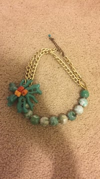 teal and white beaded gold chain link necklace Glen Burnie, 21061