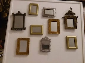 Lot of mini mirrored vintage frames