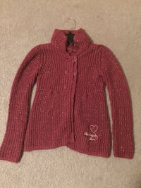 Girls burgundy sweater, size 8 !! Woodbridge, 22193