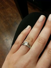 New Womans Engagment Ring, size 9 Hamilton, L8S 1H6