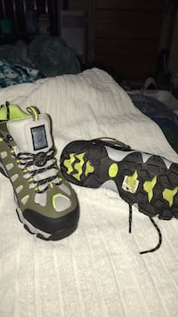 Gray-green-and-black skechers leather hiking boots Alexandria, 22304