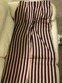 Guess pant size medium  London, N6H 4T6