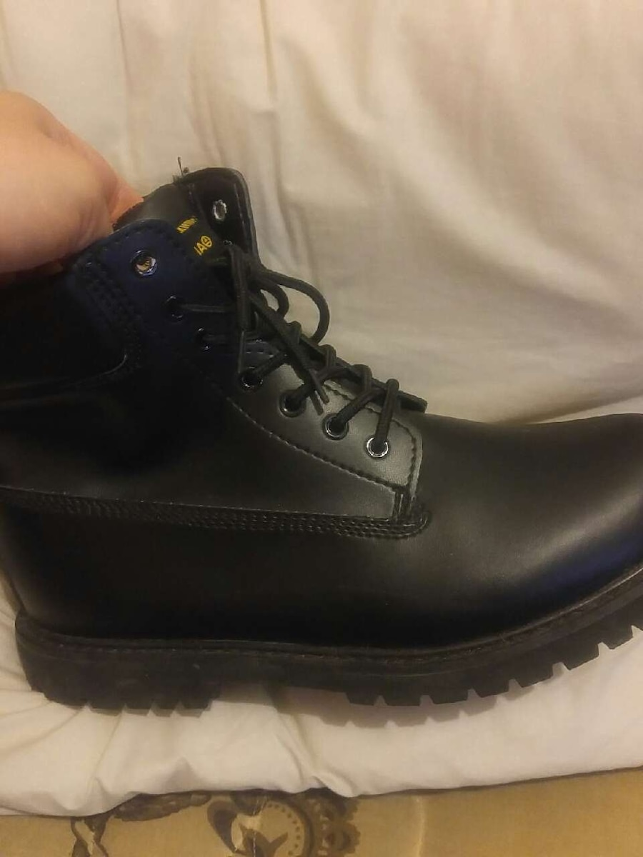 black leather AMNESIA boots