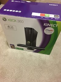 XBox 360 with Kinect and games Gaithersburg, 20878