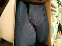 Uggs boot size 11 put on ones Newport News, 23602