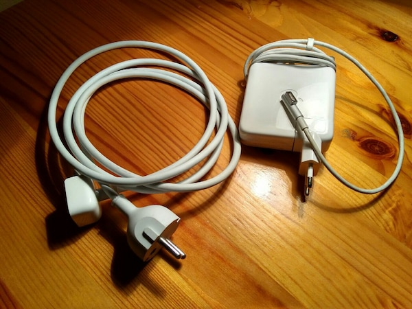 Cargador MacBook (mac1)