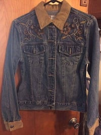 Faded Glory Authentic Jean Jacket w embroidering - like new condition! Hazleton