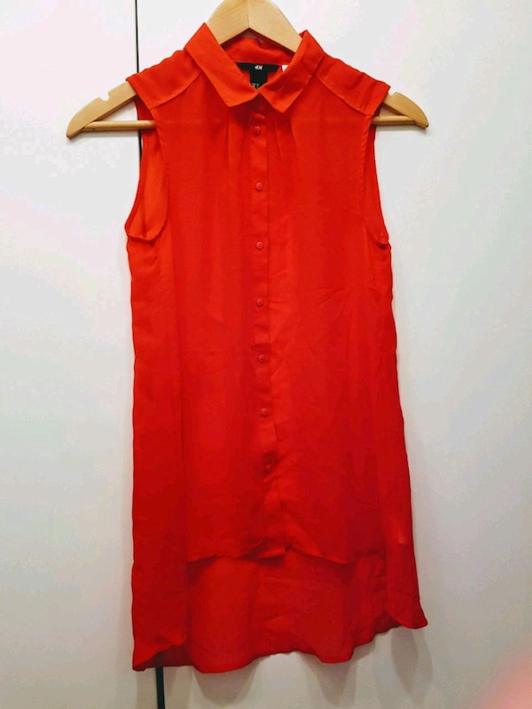 H & M Size 4 Sleeveless Blouse
