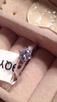 9.25 Silver Ring Size 8