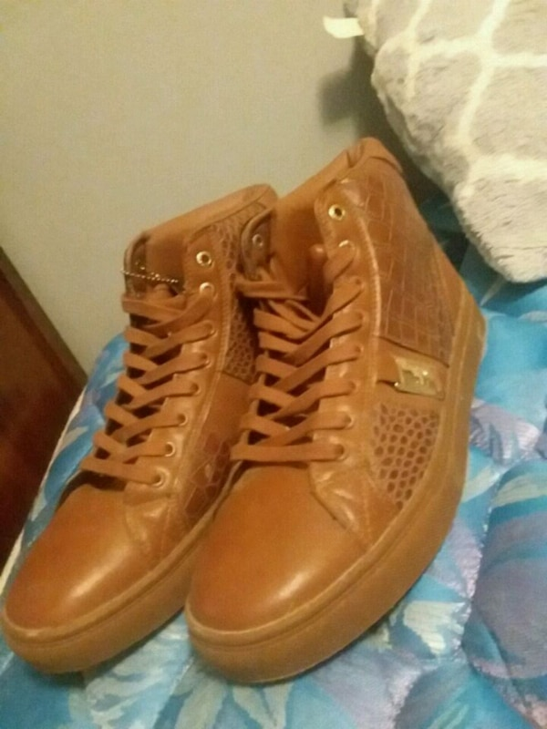 Phat shoes  size 10.5