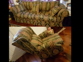 Like new Ashley Furniture Sofa and recliner set