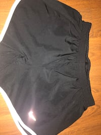 Medium Nike black shorts Mississauga, L4T 3K6