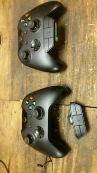 Xbox 1 controllers