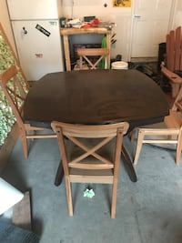 Dining room table + 6 chairs 494 km