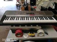 Casio piano like new all features keys light up top of the line Claymont, 19703