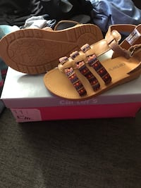 pair of brown leather sandals Grand Rapids, 49546