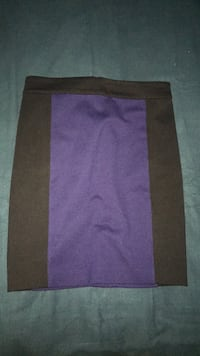 Very lightly used (used less than 5 times) Blue and Black Club Monaco Skirt- Size 2 Mississauga, L5B