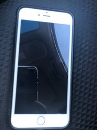 Silver iphone 6-64 gb unlocJed in perfect condition