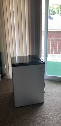 haier mini Fridge Masury, 44438