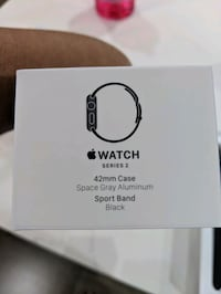 Apple watch series 2 with extra metal band New Westminster, V3M 6L4